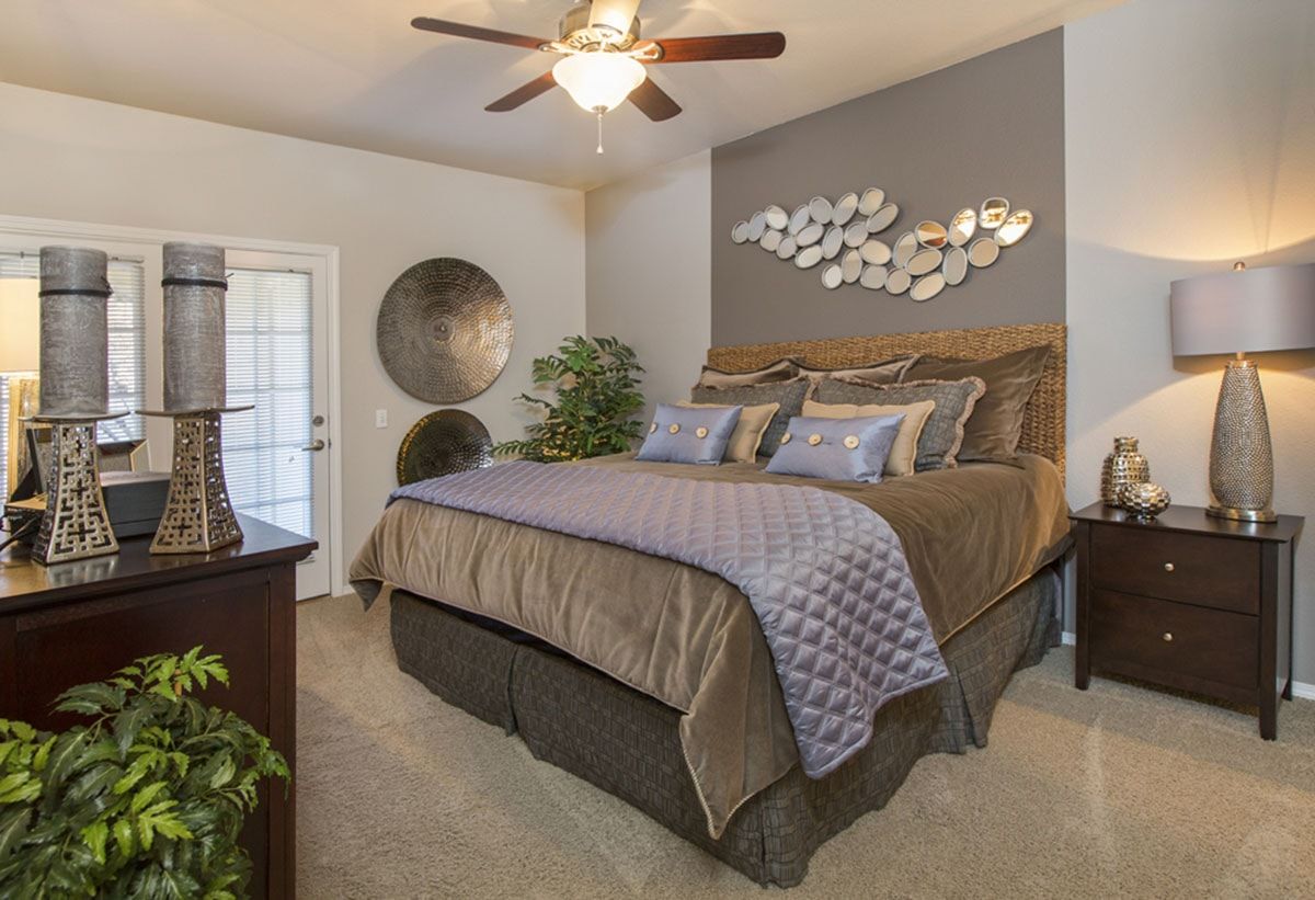 Peterson Air Force Base Furnished Apartments