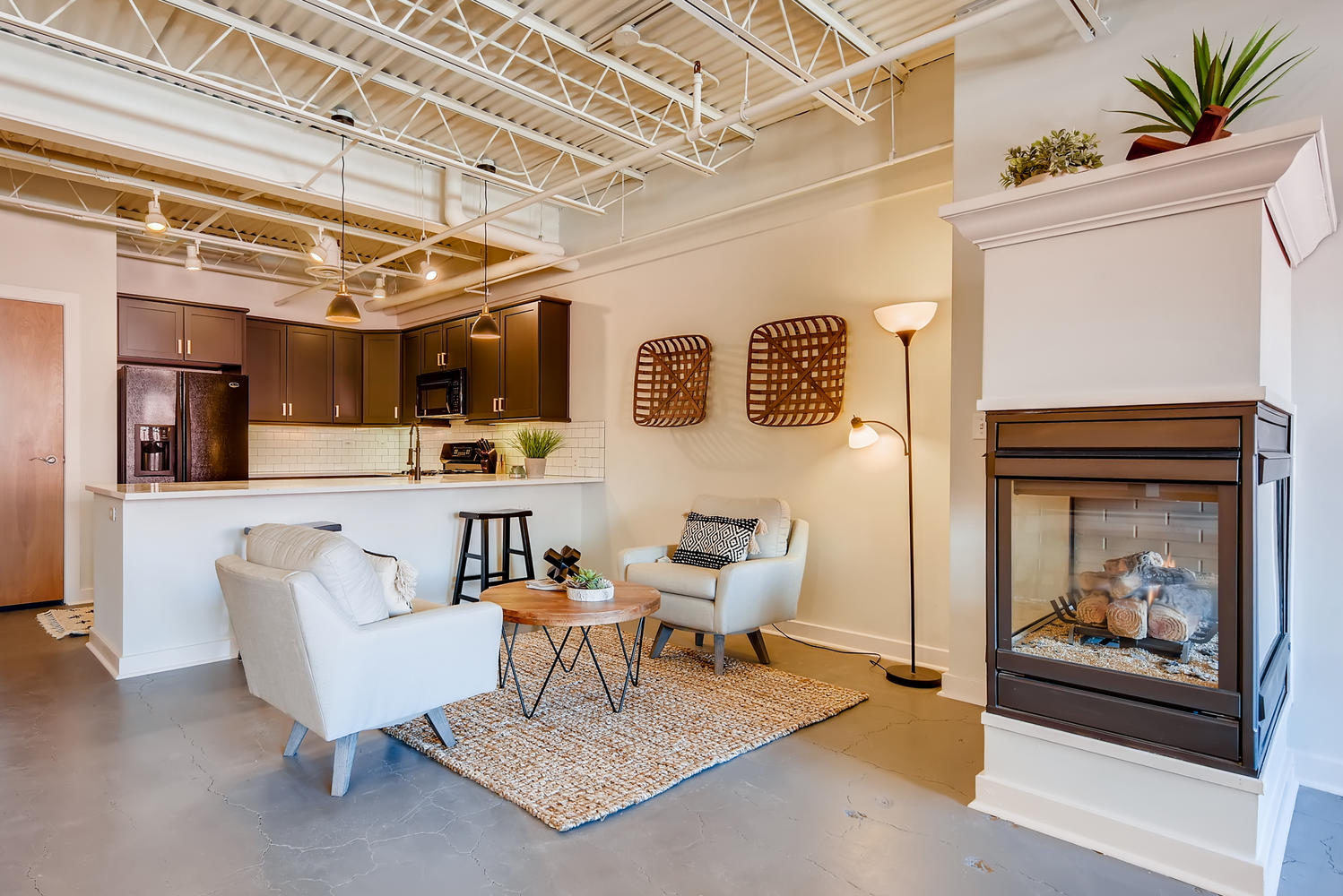 Downtown Furnished Loft